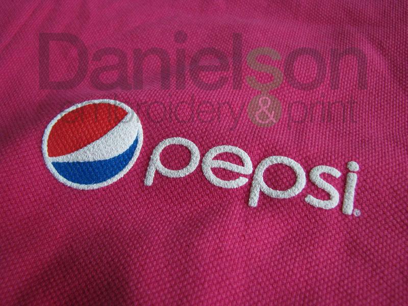 1a4bb722ef11 Tlačové efekty na textil - Danielson - špecialista na potlač tričiek - Praha  - kvalitná potlač tričiek